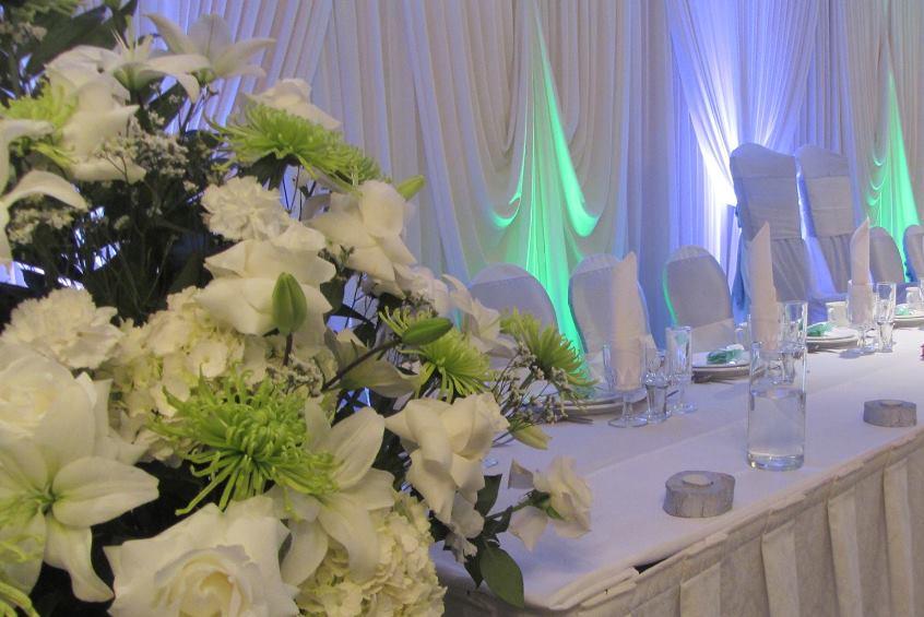 Table-at-Chicago-wedding-venue